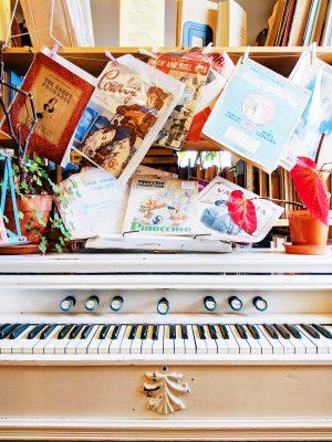Harmonium Scriveners Books