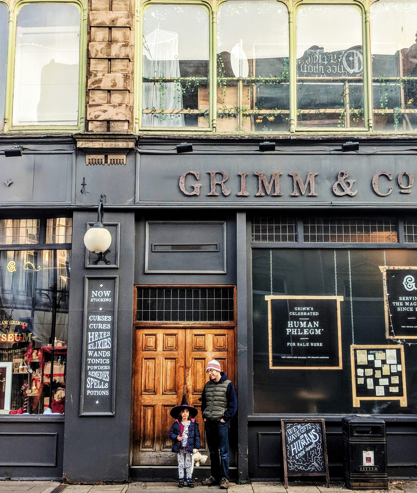 A Flying Visit to Grimm & Co * A Magical Shop