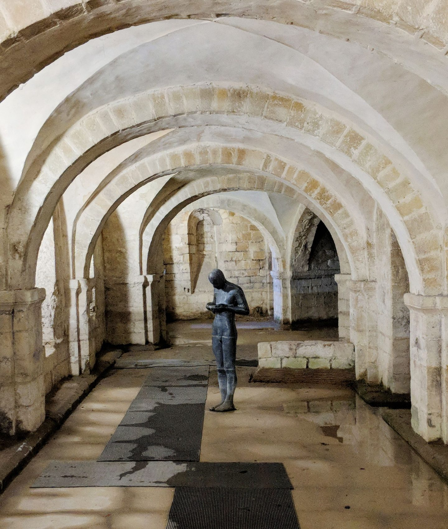 Sound II Antony Gormley Winchester Cathedral Crypt
