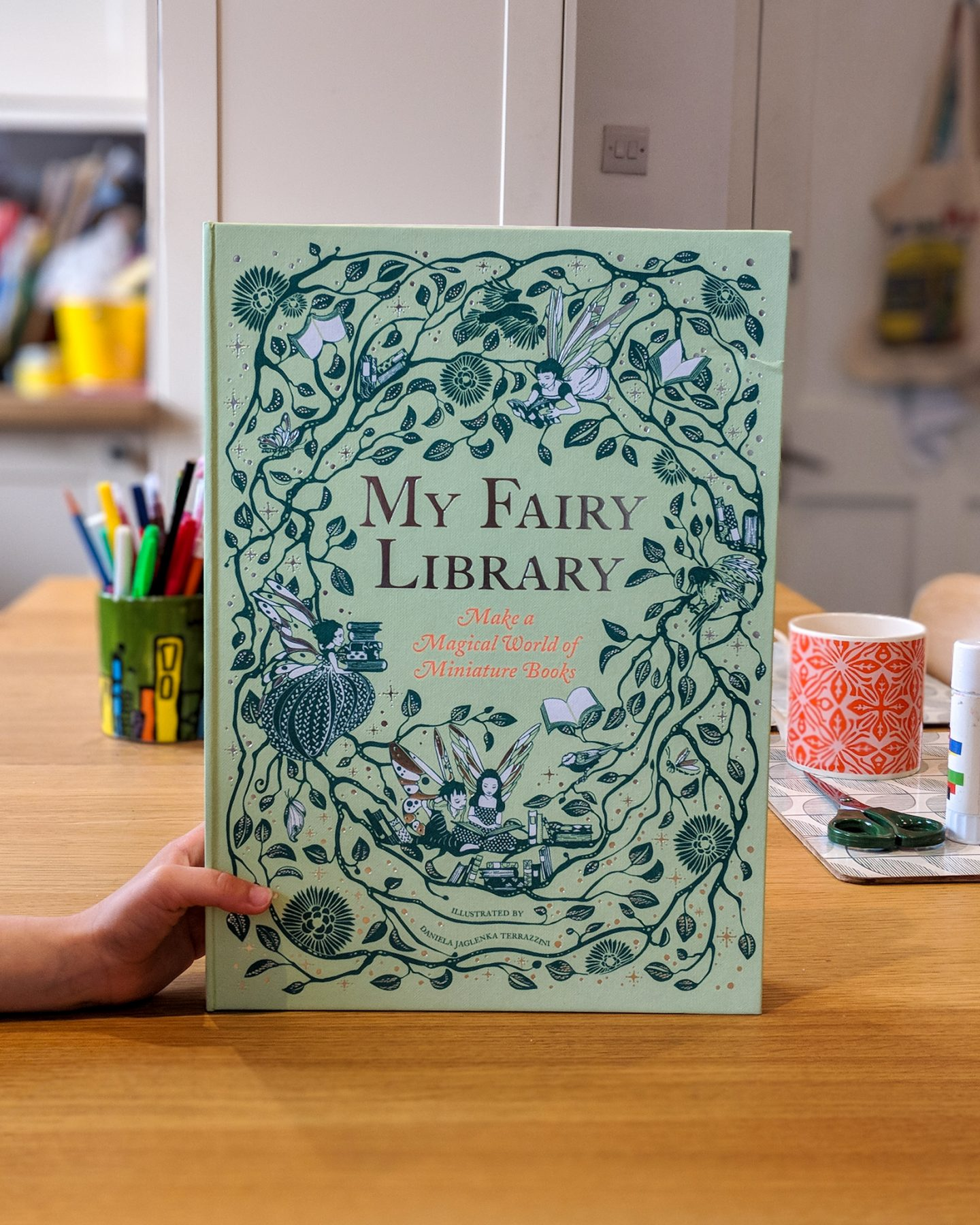 Children's Book Review: My Fairy Library by Daniela Jaglenka Terrazzini